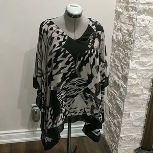 Windsmoor Batwing blouse with cut-out shoulders